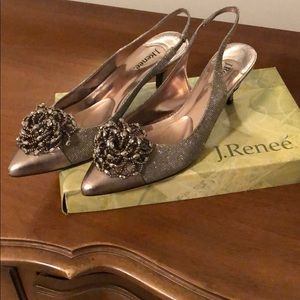 J.Renee Dress Pump Kitten Heel Size 9.5